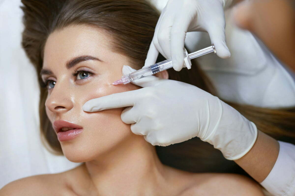 Woman Gets Injectable Dermal Fillers Following COVID Vaccine